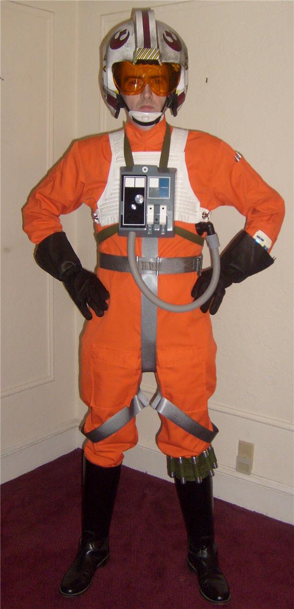 X,Wing Pilot Front (Helmet)